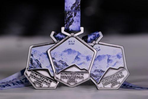 Medale Vision na śnieżny półmaraton