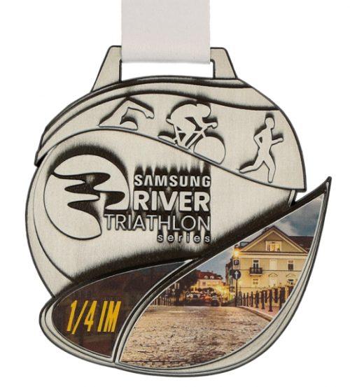 Medal Samsung River Triathlon z białą wstążką